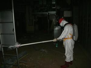 福島第一原発1号機建屋内での作業(2011年5月、東電広報資料より)