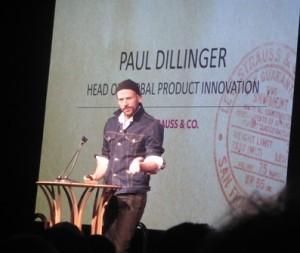 デニムを高度なテクニックで着こなした、リーバイスのポール・ディリンジャー氏。ブランドを作り出すクリエイターの立場でのプレゼンが共感を呼んだ