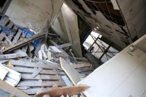津波で壊れた石巻の工場=写真提供:パプアニューギニア海産