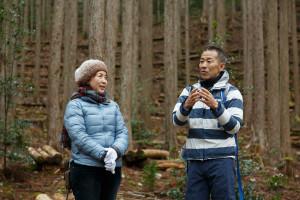 写真左手がユニーGH執行役員の百瀬則子さん。右手が和歌山県観光局長の山西毅治さん