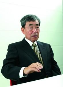 カルビー松本晃会長兼CEO。1947年、京都生まれ。ジョンソン・エンド・ジョンソン社長を経て現職。