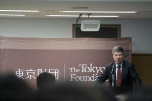日本企業の強みである技術力を生かして、グリーンなイノベーションを起こせば、世界をリードできると話すジェフリー氏