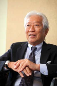 虎屋17代当主、黒川光博代表取締役社長。1943年生まれ。1991年から現職