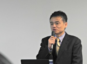 「フロン排出規制」について説明する環境省フロン対策室長の鮎川智一氏