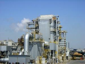 石巻合板工業のバイオマス発電所