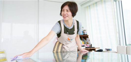 『iction!』の一環で展開する家事代行サービス『カジアル』スタッフとして働く清水さん。 「仕事内容がお掃除なので、主婦としてのこだわりも活かして働けるので嬉しいです