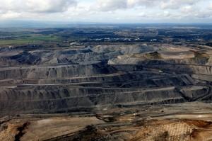 ニュー・サウス・ウェールズ州のハンター・バレーにある露天掘りの炭鉱。炭鉱開発は、発電に次いで温室効果ガスを排出している (C)Jeremy Buckingham